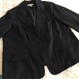 Sag Harbor Women's Black Blazer/Jacket Plus Size